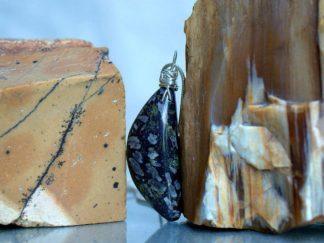 Chinese writhing, silver set, black stone pendant