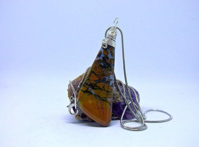 Yellow jasper stone pendant, designed necklace
