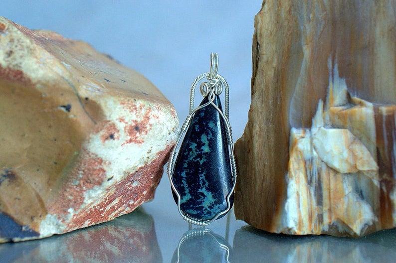 Austral specimen blue mineral, Vivianite pendant