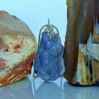 Agate specimen, natural blue stone necklace