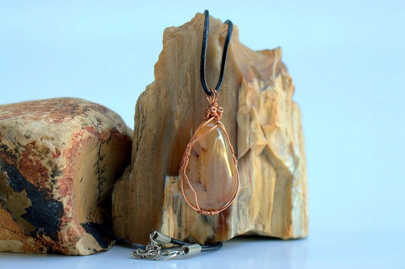 Agate pendant copper wrapped gemstone necklace