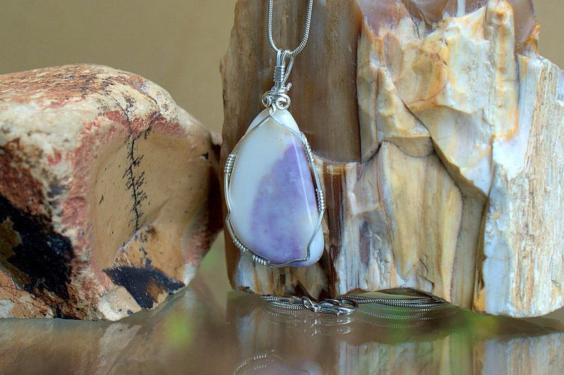 Lavender pattern crystal, Tiffany stone necklace
