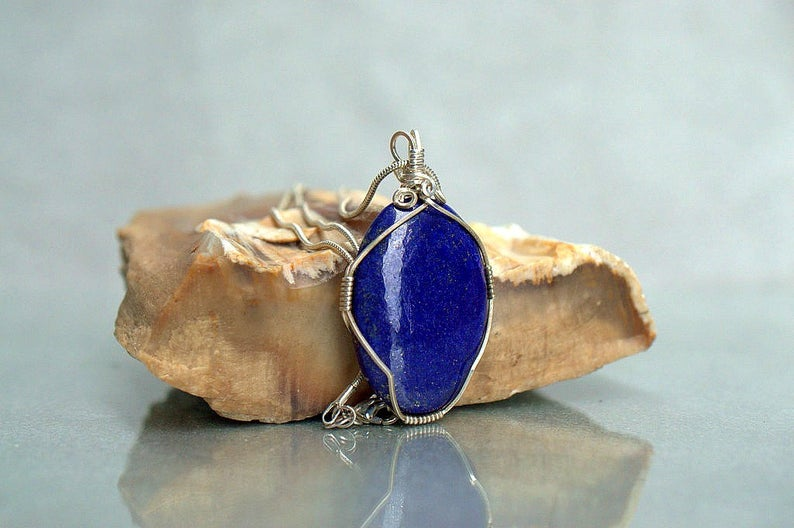 Blue royal color oval shape gemstone pendant