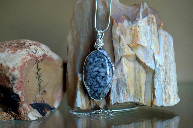 Black and white mineral, Pinolite oval pendant
