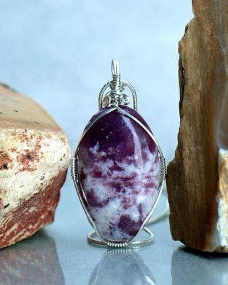 sparkly purple stone,