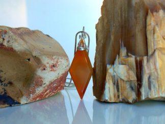 agate specimen pendant