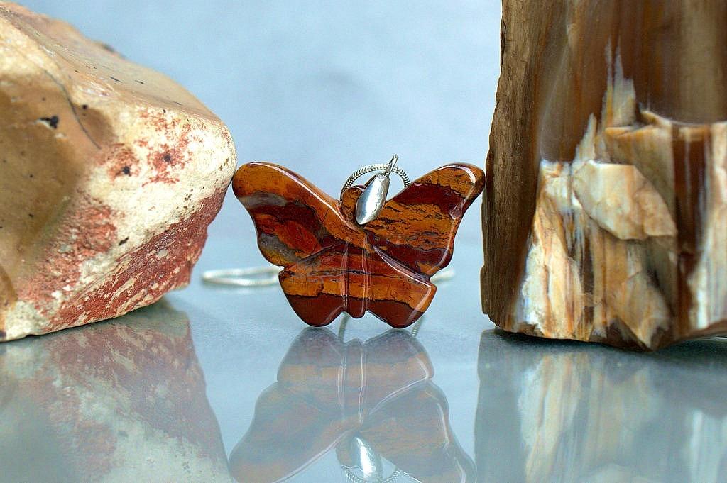 carved jasper necklace