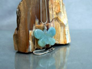 Aquamarine gemstone carving