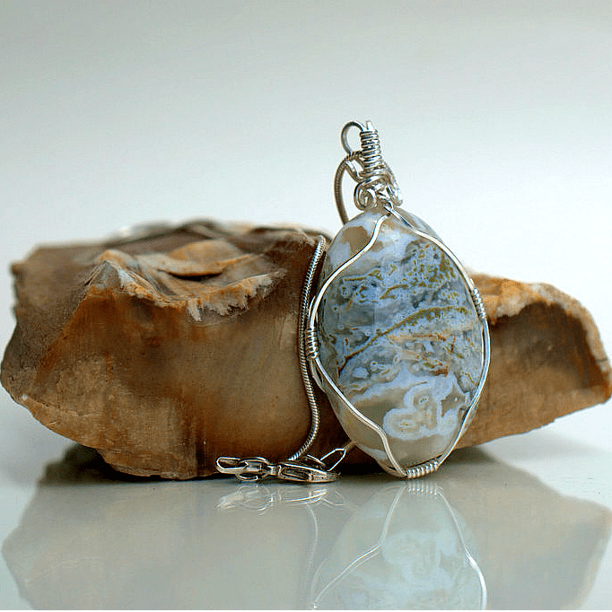 natural white agate necklace