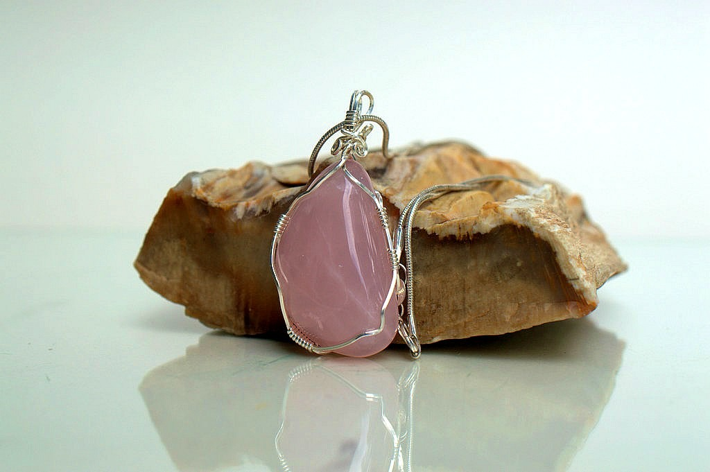pink stone for woman