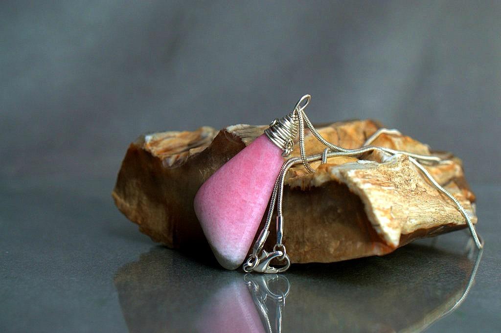 pink love stone pendant
