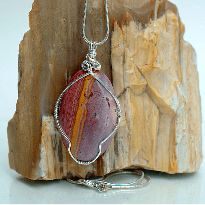 large red ping stone necklace