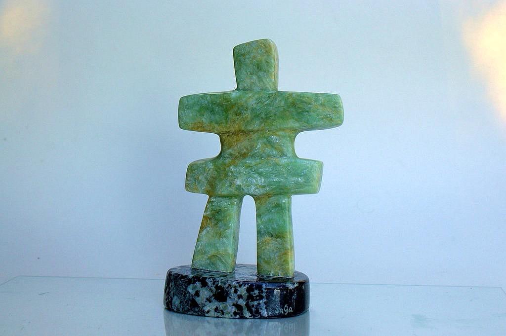 Inukshuk figurine