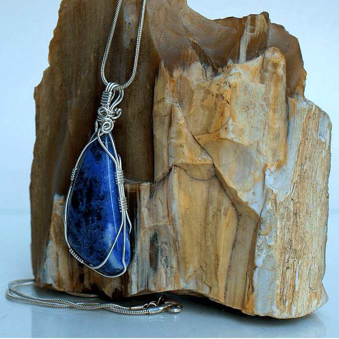 blue stone with black reflecting pattern
