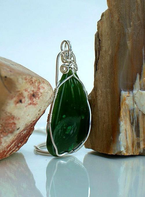 Green nephrite Jade handmade gemstone necklace