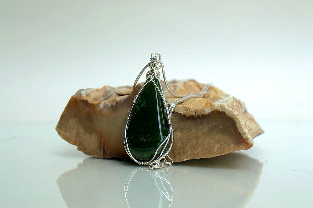 Jade silver pendant natural green stone jewelry