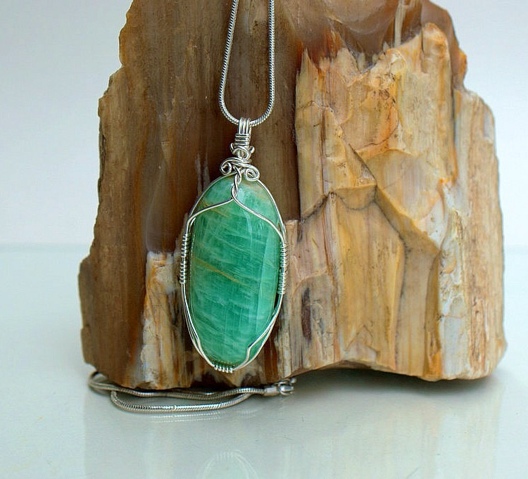 Green crystal silver wrapped gemstone necklace