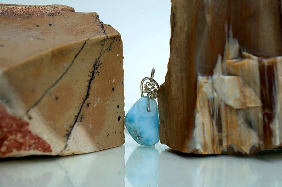 Small blue crystal charm necklace