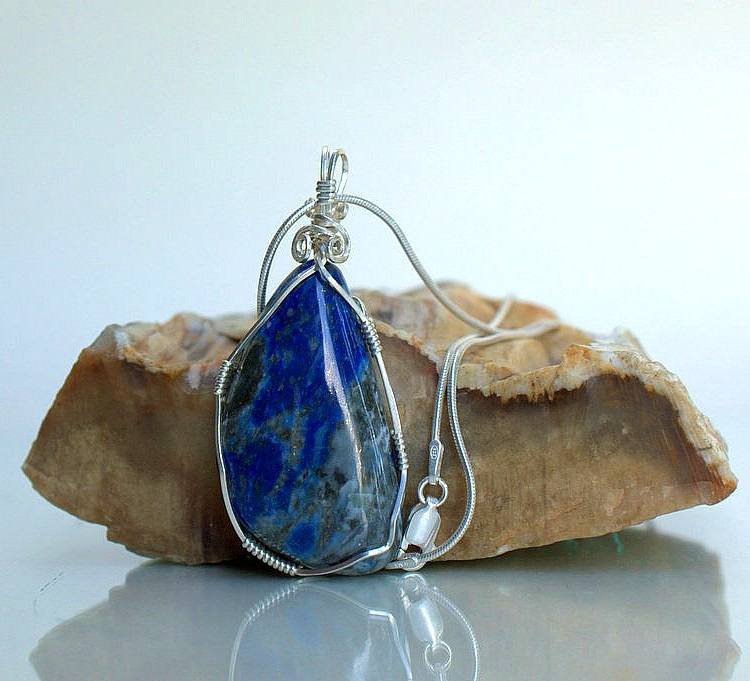 Stone of the Andeas, blue Chilean Lapis necklace