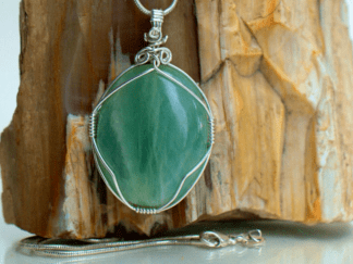 Green sea foam Aquamarine crystal pendant