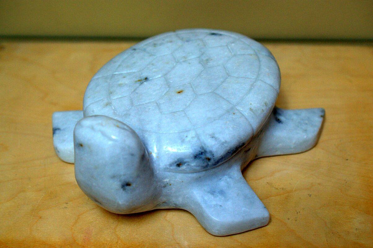 Marble stone carving, large turtle figurine